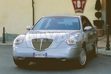 Lancia THESIS (841AX)