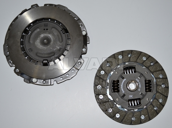 Clutch Kit LUK 620 1166 09 032 198 141 AX for VW GOLF IV CABRIOLET (1EXO)